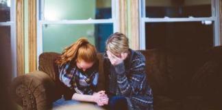 Nesramni straši ne sprejemajo partnerke.