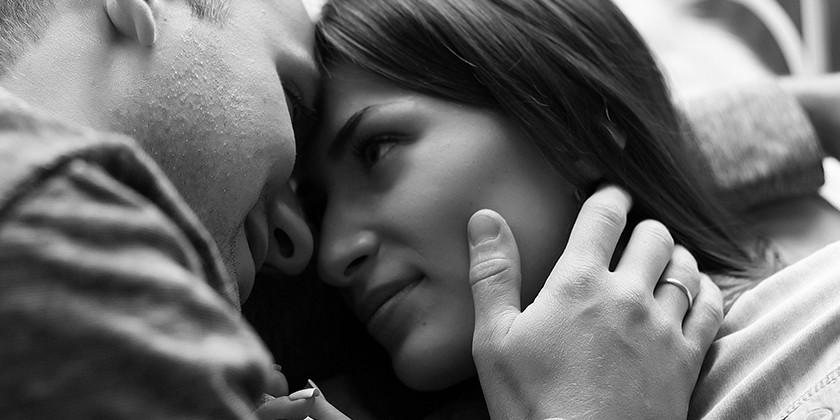 Ženske, ki jim odgovarjajo odprta razmerja in svobodne veze