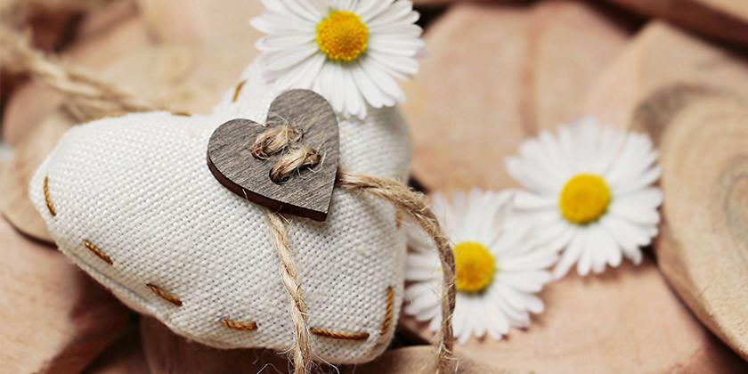 Ljubezenski horoskop: Česa si želite v ljubezni glede na vaše astrološko znamenje?