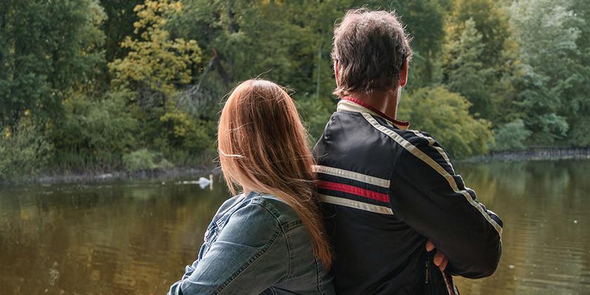 Bralec Janez potrebuje nasvet, saj je hči zelo ljubosumna na novo partnerko