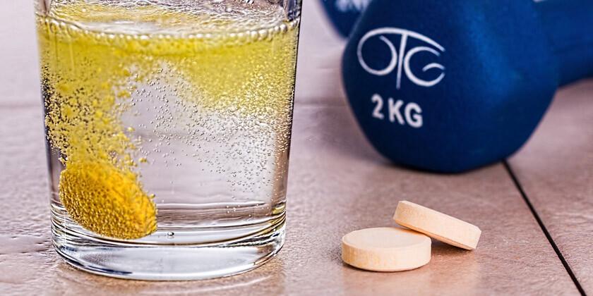 Kako pomembni so za športnike energetski napitki, minerali in vitamini?