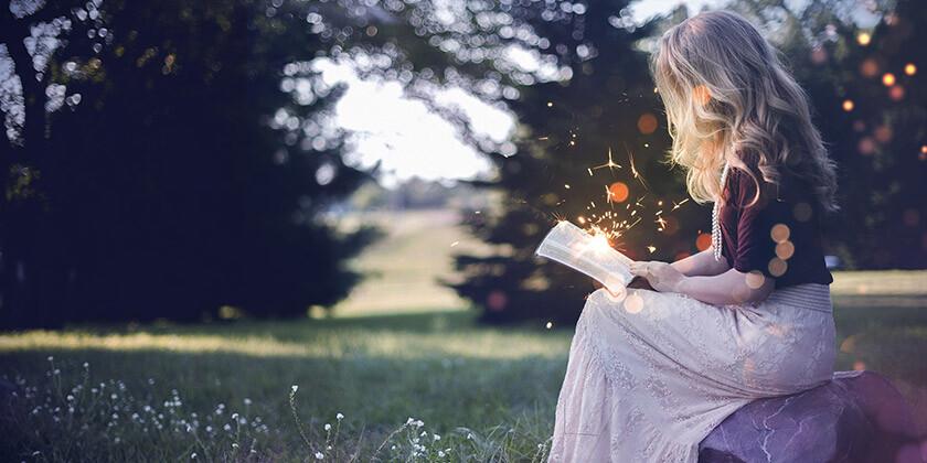 Vas zanima, v katerem astrološkem znamenju so rojene najbolj zasanjane ženske z bogato domišljijo