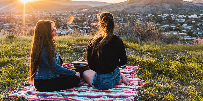 Vas zanima, s katerim astrološkim znamenjem lahko doživite najlepšo duhovno povezavo?